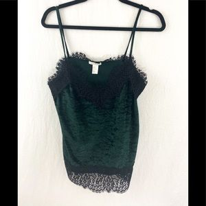 ❤️ 3/20 H&M Crushed Velvet and Lace Cami